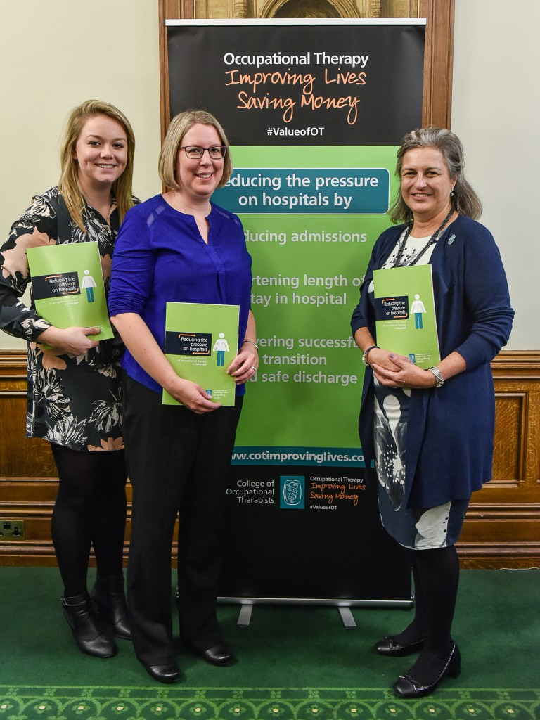 Hospital therapy team heralded in new report on reducing hospital pressures